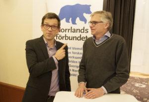 Fores vd Mattias Goldmann och riksdagsledamot Per Åsling (C) vill hålla ihop Sverige med regionalisering av skattebaser. FOTO: TOM JUSLIN